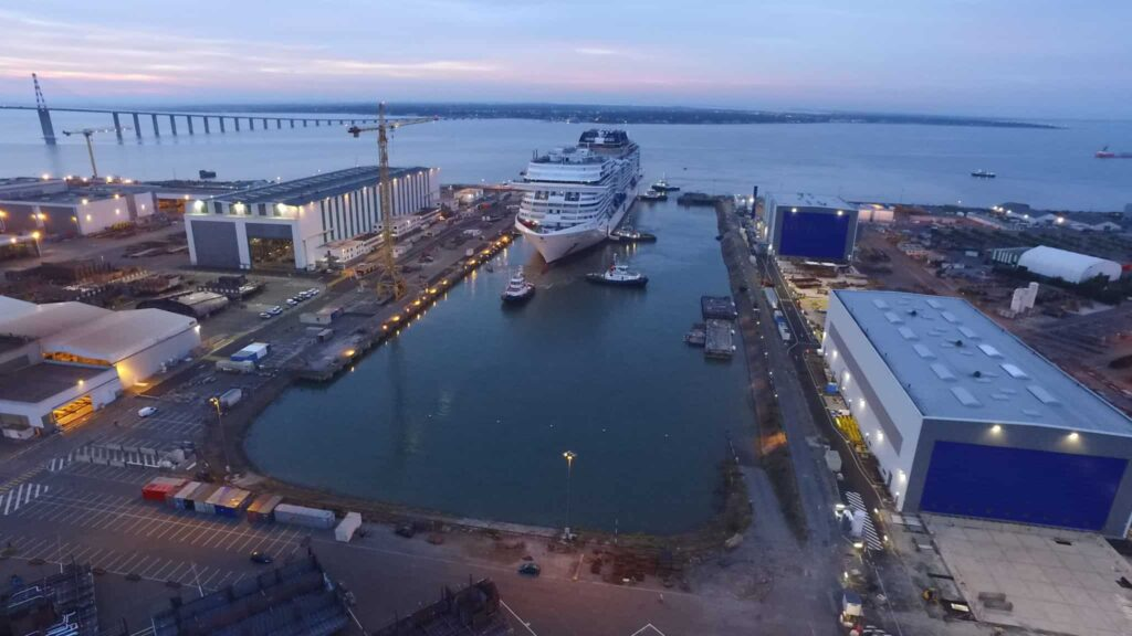 2. MSC Meraviglia floating out for the first time and transferring to the wet dock at STX France in Saint Nazaire (front view)