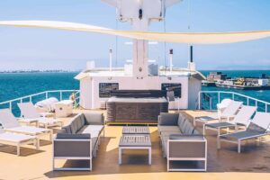 Jacuzzi aboard Pacific Provider
