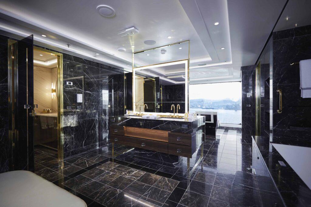 The spa bathroom in the Regent Suite.